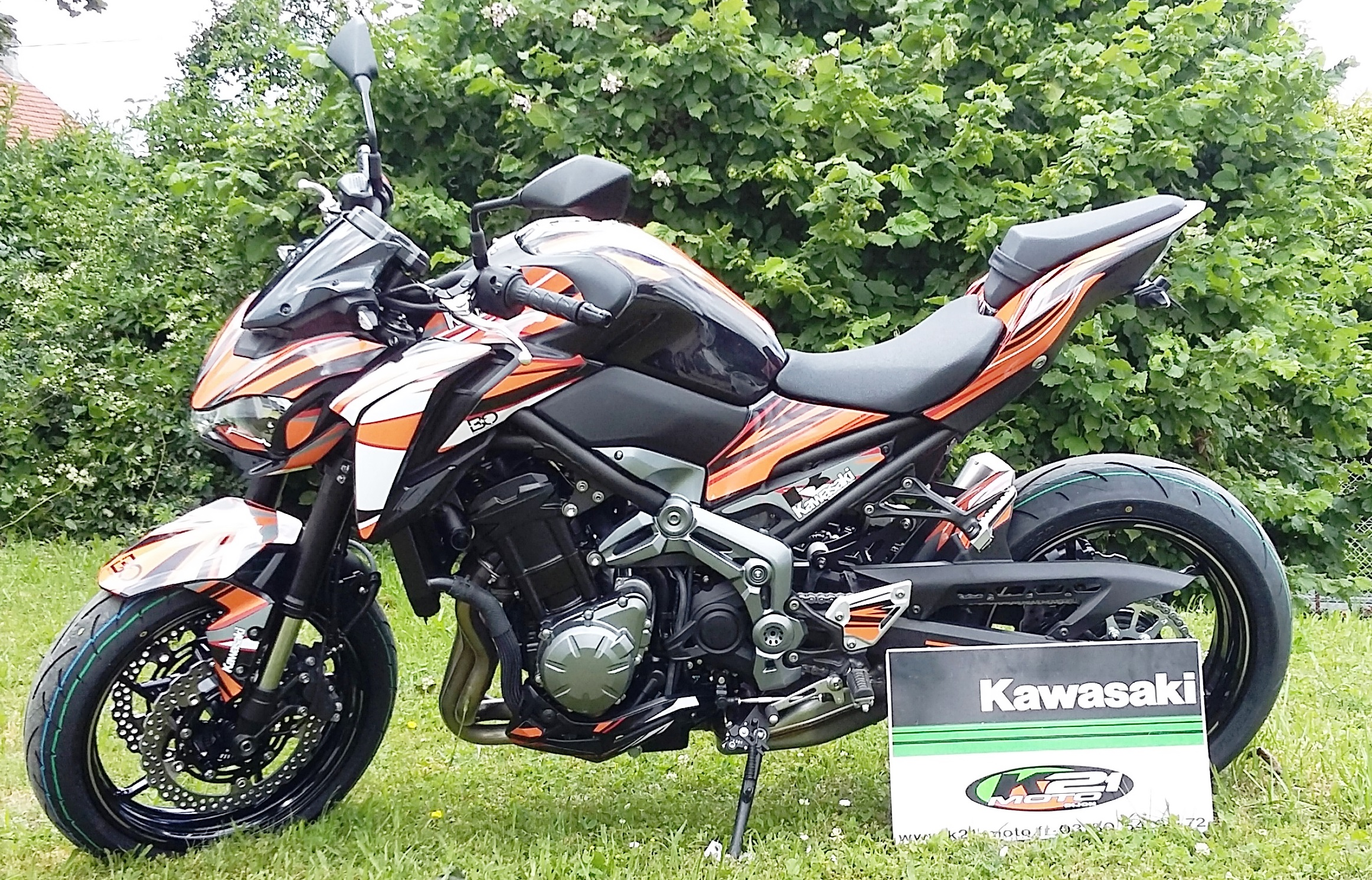 k21 concessionnaire kawasaki ktm et kymco chenove 21300. Black Bedroom Furniture Sets. Home Design Ideas
